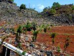 Pipa air PAM yang memanjang dari Sumber Ngobaran menuju ke Kanigoro dan sekitarnya